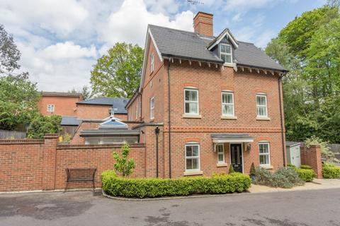 4 bedroom house to rent - Heathlands Place, Ascot, Berkshire
