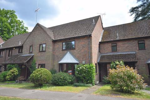 3 bedroom terraced house for sale - Clare Mead, Rowledge, Farnham