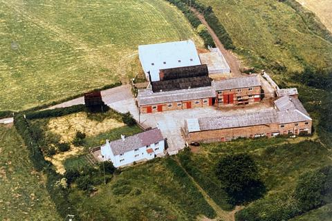Farm for sale - Pontarddulais, Swansea