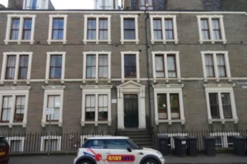 5 bedroom flat - 6 2/1 Garland Place, ,
