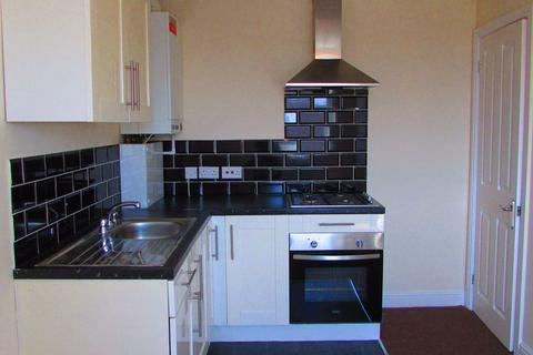 2 bedroom flat to rent - Westmorland Avenue, Blackpool, Lancashire