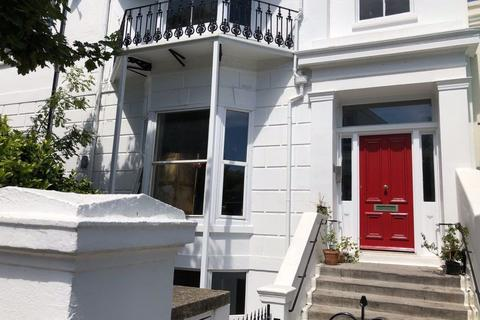 3 bedroom flat to rent - 3 Bed Flat, Buckingham Place, Brighton