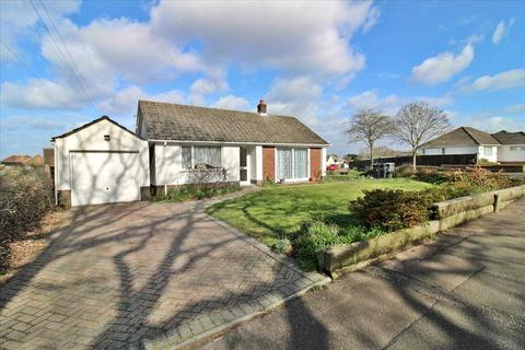 2 bedroom bungalow to rent - Weldon Avenue, Bournemouth