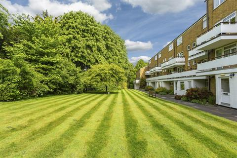 2 bedroom apartment to rent - Woodmansterne Lane, Banstead