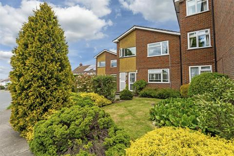 3 bedroom apartment for sale - Forge Steading, Banstead