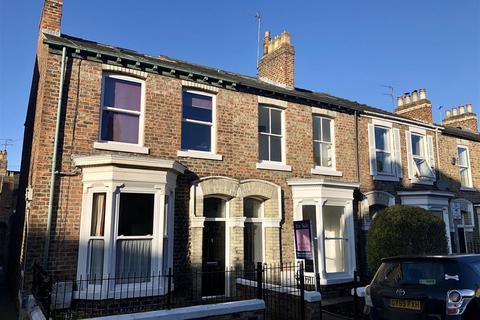 4 bedroom terraced house for sale - Upper Price Street, Scarcroft Road, York, YO23 1BJ
