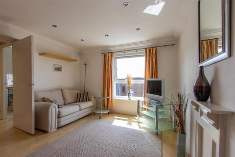 House to rent - Cowbridge Road East, Canton