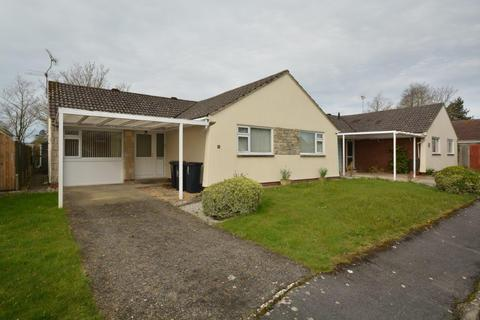 2 bedroom bungalow for sale - Spitfire Close, Crossways DT2
