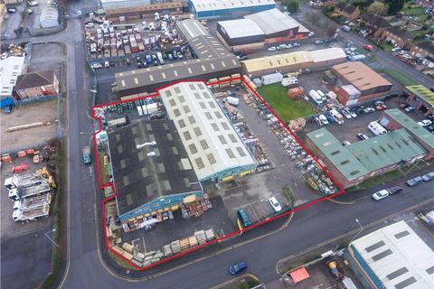Industrial unit to rent - Build Trade / Industrial Unit , Former Travis Perkins, Aurillac Way, Retford, Nottinghamshire, DN22 7PX
