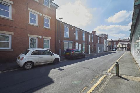 3 bedroom terraced house for sale - 18 Reynold Street, Hyde, Cheshire, SK14 1LY