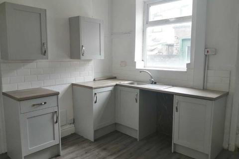 2 bedroom terraced house to rent - Chapelhouse Road, Blackburn