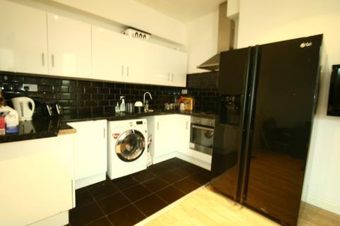 6 bedroom apartment to rent - Simonside Terrace, Heaton, NE6