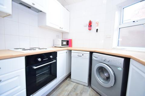 3 bedroom ground floor flat to rent - Windsor Terrace, South Gosforth, NE3