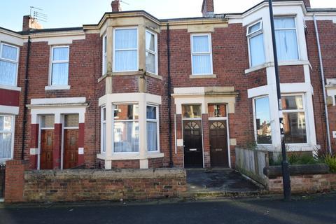 2 bedroom ground floor flat for sale - Warton Terrace, Newcastle Upon Tyne