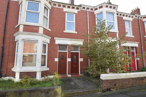 3 bedroom apartment for sale - Trewhitt Road, Newcastle Upon Tyne