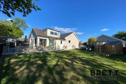 4 bedroom detached house for sale - Elm Park, Crundale, Haverfordwest, Pembrokeshire. SA62 4DN