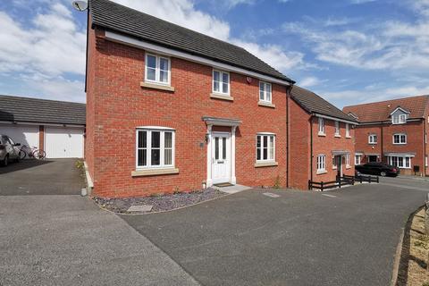 4 bedroom detached house for sale - Stillington Crescent, Hamilton, Leicester