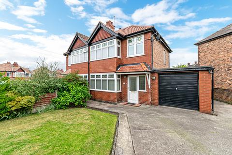 3 bedroom semi-detached house to rent - Bernard Avenue, Appleton, Warrington