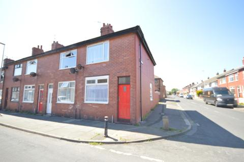 2 bedroom end of terrace house to rent - Fairfield Road, Blackpool, FY1