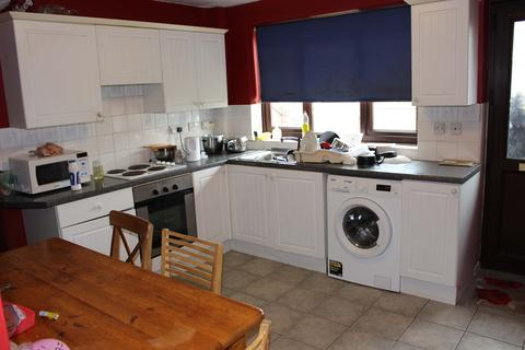 3 bedroom end of terrace house to rent - Lace Street, Dunkirk