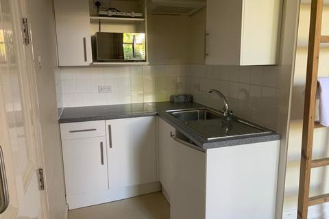 Studio to rent - Flat 4, 35 Pittville Lawn