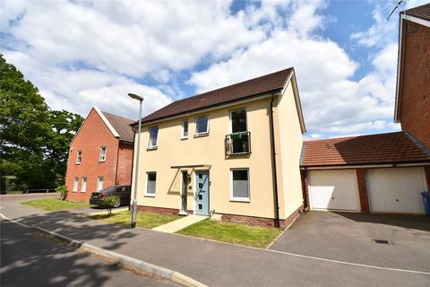 4 bedroom detached house to rent - Mills Chase, Bracknell, Berkshire, RG12