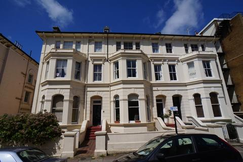 1 bedroom flat to rent - St. Aubyns, Hove