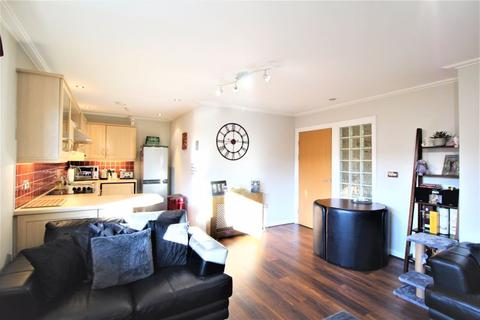 2 bedroom apartment for sale - Century Wharf, Cardiff