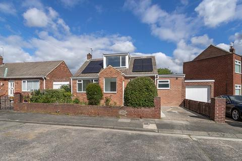 3 bedroom bungalow for sale - Meldon Avenue, Fawdon, Gosforth, Newcastle upon Tyne
