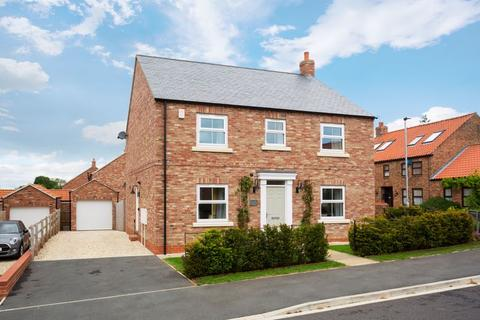 4 bedroom detached house for sale - Thompson Garth, Stillington, York