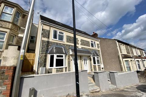 3 bedroom semi-detached house to rent - Air Balloon Road, Bristol