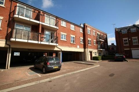 2 bedroom flat to rent - Marquis House, Brookbank Close, Cheltenham