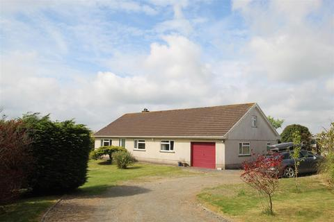 3 bedroom detached bungalow for sale - Tanygroes, Cardigan