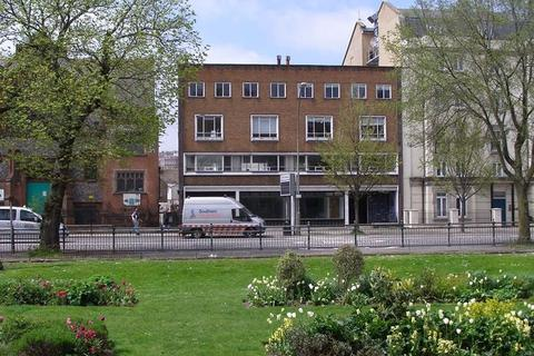2 bedroom flat to rent - Gloucester Place, Brighton, BN1 4AA