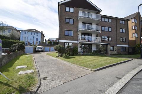 2 bedroom flat to rent - St. Helens Park Road, Hastings