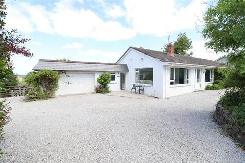 4 bedroom property with land for sale - Quintrell Downs