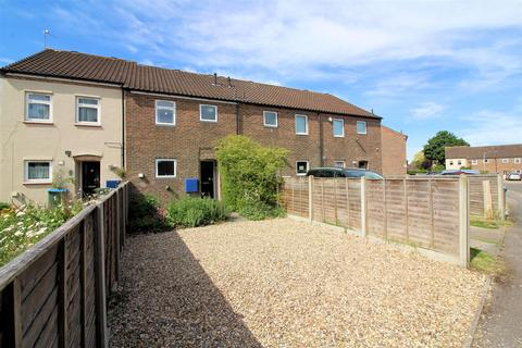 3 bedroom terraced house for sale - Badrick Road, Aylesbury