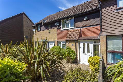 2 bedroom terraced house for sale - Hillside Close, Banstead