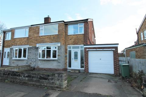 3 bedroom semi-detached house for sale - Bader Avenue, Thornaby, Stockton-On-Tees