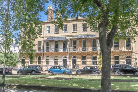 1 bedroom flat to rent - Central Cheltenham GL52 6DX