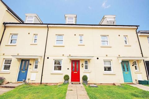 4 bedroom house to rent - Oakley GL52 5GH