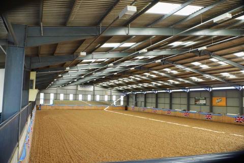 4 bedroom equestrian property for sale - Sturts Farm, Winslow