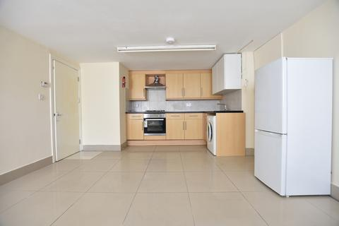2 bedroom flat to rent - Homesdale Road, South Norwood, SE25