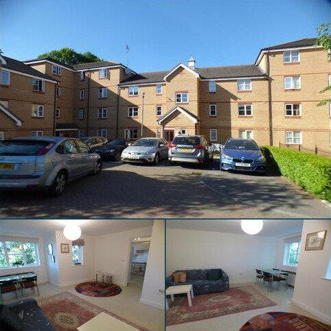 2 bedroom flat to rent - Fernwood court, Pickard Close, Southgate, N14