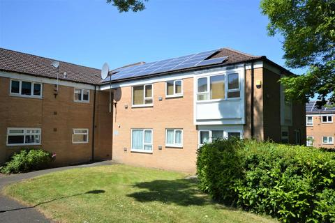 2 bedroom flat to rent - Hall Meadow, Cheadle Hulme