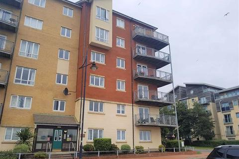 2 bedroom flat to rent - Glan-y-Mor, Y Rhodfa, Barry, The Vale Of Glamorgan. CF63 4BB