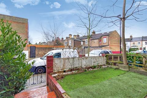 3 bedroom terraced house to rent - Montague Road, London, N15