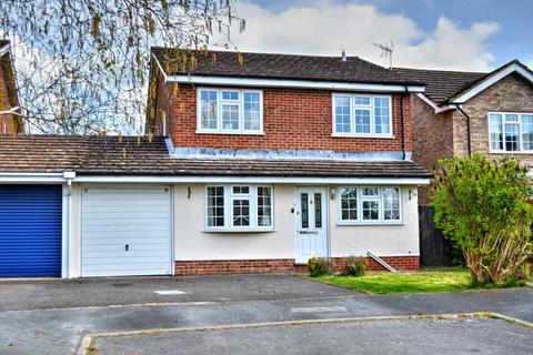 4 bedroom detached house to rent - Princes Risborough