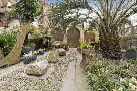 3 bedroom house to rent - Monmouth Road, London, W2