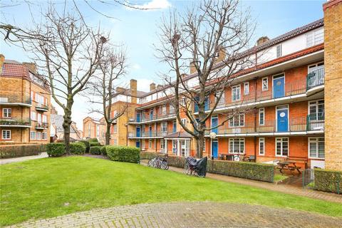 3 bedroom flat for sale - Acorn Walk, London, SE16